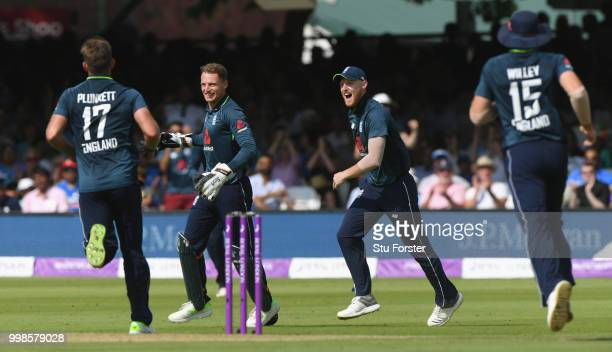 England players rush to congratulate Jos Buttler after he had caught Rahul off Liam Plunkett during the 2nd ODI Royal London One Day International...