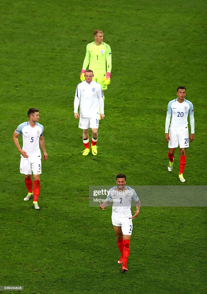 England players show their dejection after their 1-1 draw in the UEFA EURO 2016 Group B match between England and Russia at Stade Velodrome on June 11, 2016 in Marseille, France.