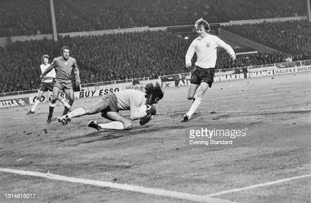 England plays Poland during the 1974 FIFA World Cup UEFA Group 5 qualifying match at Wembley Stadium in London, UK, 17th October 1973. Poland's...