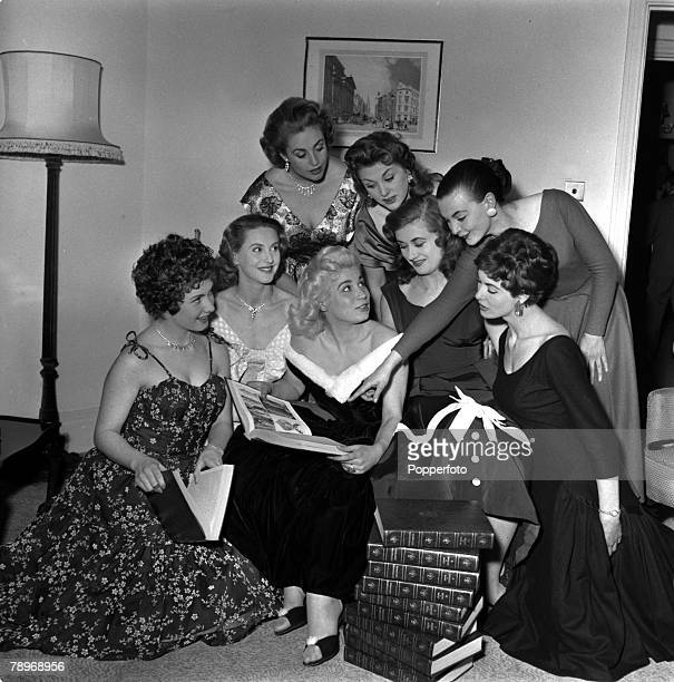 England Press Reception for Chairman and members of the panel of the new ITV panel game YaketyYack Pictured are Back three standing LR Ann Gyrsting...