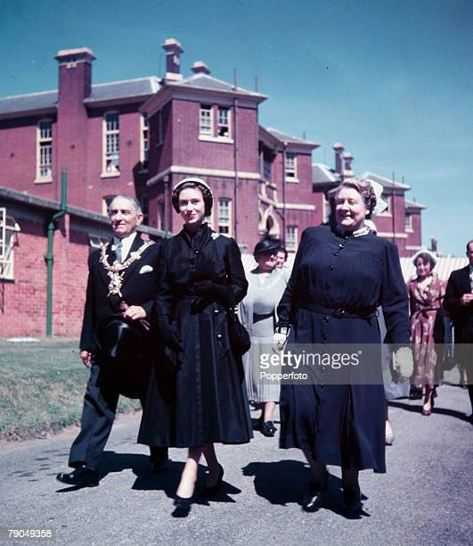 England Princess Margaret opens a new department of the Queen Alexandra Hospital at Cosham Portsmouth With the Princess is the Matron Miss LC De La...