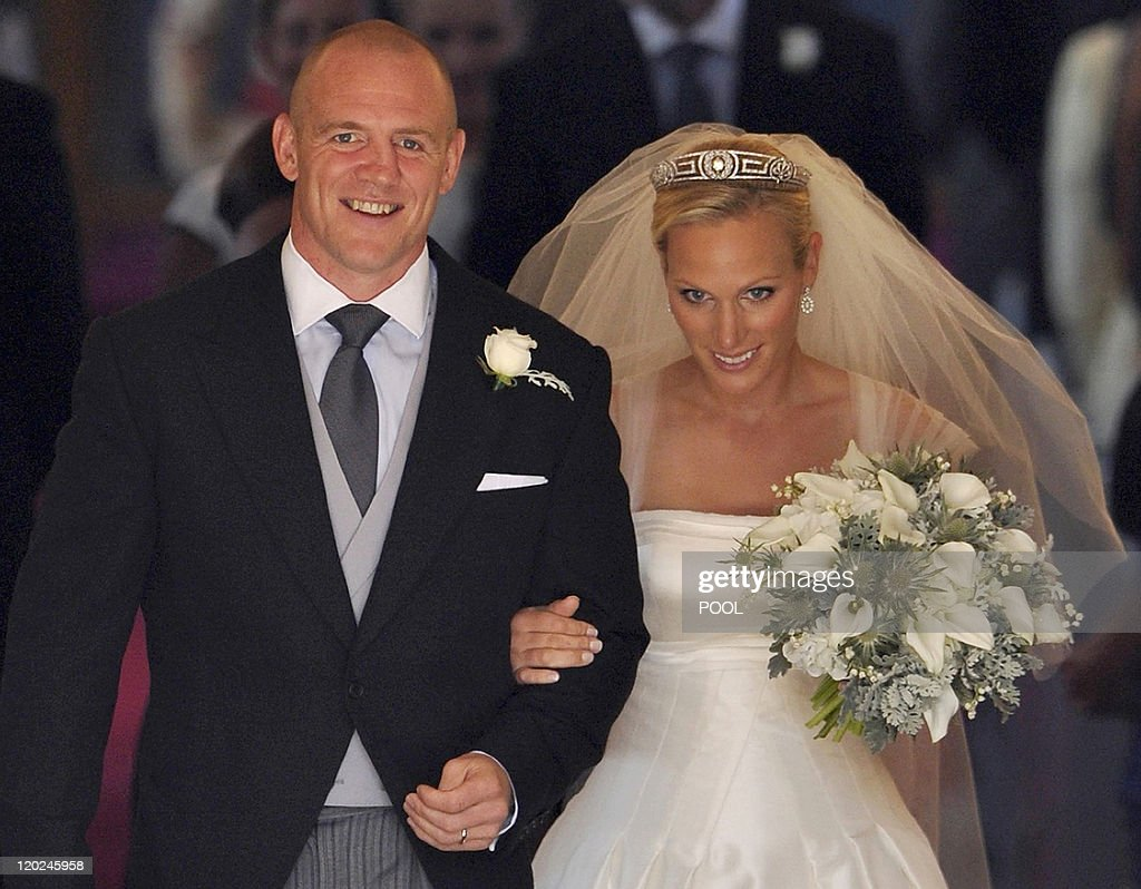 England rugby player Mike Tindall (L) an : News Photo