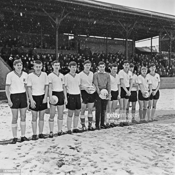 England Schools' Football Association team, UK, 3rd April 1965. Amongst them are Alun Evans, Paul Went, goalkeeper Peter Shilton and Archie Styles.
