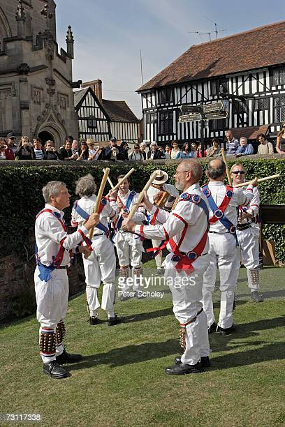 England, Stratford-upon-Avon, Twyford Morris Dancers and musicians performing in park