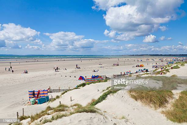 england, sussex, chichester, beach at west wittering - chichester stock pictures, royalty-free photos & images