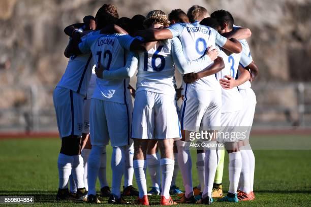 England team huddle ahead of the UEFA European Under 21 Championship Qualifier between Andorra U21 and England U21 on October 10 2017 in Andorra la...