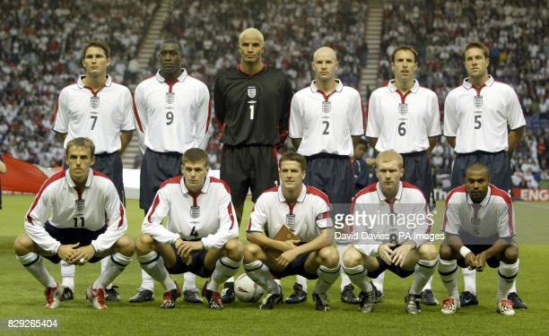 England team starting lineup before their friendly International match against Serbia Montenegro at Leicester City's Walkers Stadium Frank Lampard...