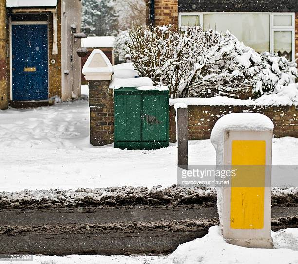 england under the snow - marcoventuriniautieri stock pictures, royalty-free photos & images