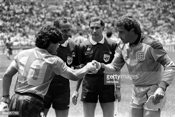 England v Argentina Football World Cup Quarter Final 1986 Diego Maradona and Peter Shilton shaking hands before kick off. 22nd June 1986.