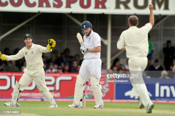 England V Australia 3rd Test Edgbaston 4th Day. 2/8/09. ANDREW FLINTOFF OUT CAUGHT MICHAEL CLARK BOWLED NATHAN HAURITZ.