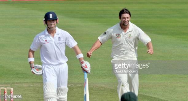 England v Australia 4th Test Headingley 3rd Day. BEN HILFENHAUS TAKES THE WICKET OF MATT PRIOR. 9/8/09.