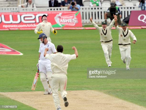 England v Australia 5th TEST AT THE OVAL. 1st DAY 20/8/09. ANDREW STRAUSS OUT.