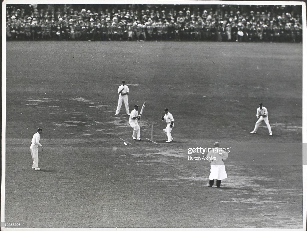England V. Australia at the Oval 19/8/12 : News Photo