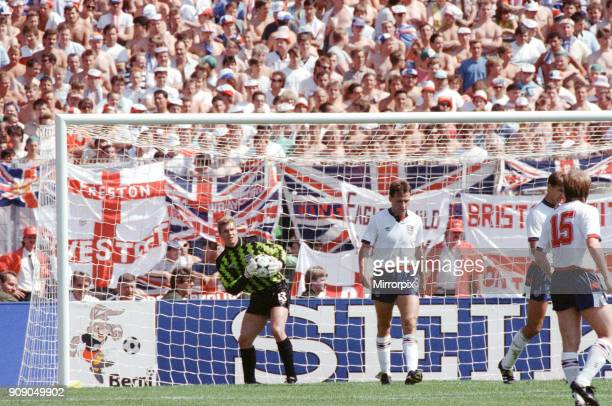 England v Soviet Union 1-3 1988 European Championships, Hanover Germany Group Match B. Goal keeper Chris Woods gathers the ball. 18th June 1988.