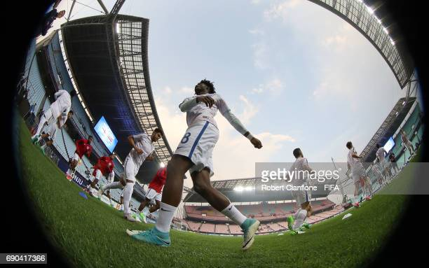 England warm up for the FIFA U20 World Cup Korea Republic 2017 Round of 16 match between England and Costa Rica at Jeonju World Cup Stadium on May 31...