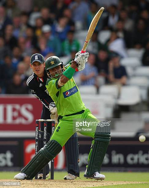 England wicketkeeper Steve Davies looks on as Umar Akmal picks up some runs during the 2nd NatWest ODI match between England and Pakistan at...