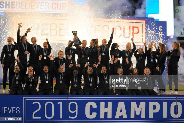 England wins the 2019 SheBelieves Cup edition and celebrates during the SheBelieves Cup Ceremony at Raymond James Stadium on March 5 2019 in Tampa...