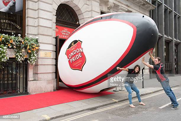 England World Cup winners Kyran Bracken and Katy McLean bring rugby to the City of London but overestimate the size of their task as they help put...