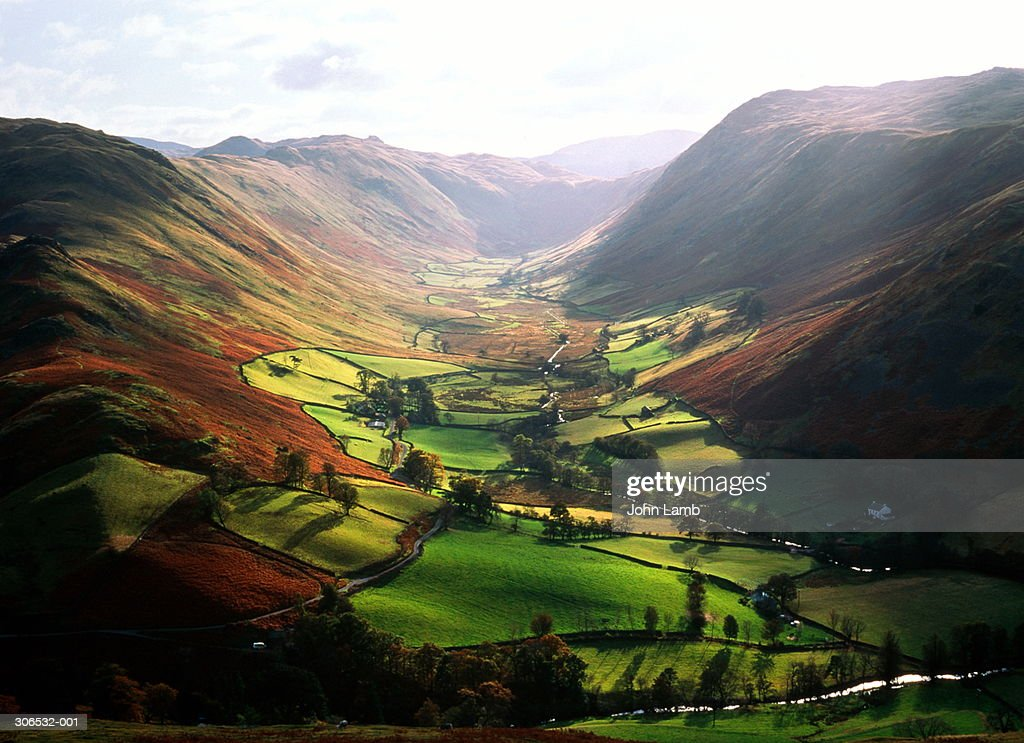 England,Cumbria,Lake District, Martindale,view along valley : ストックフォト