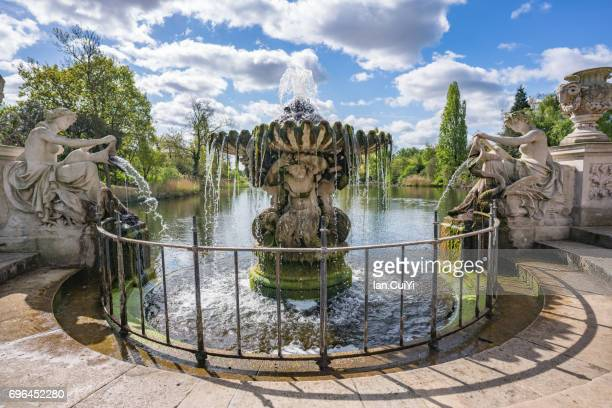 england,london,hyde park,kensington gardens,the italian garden,fountain - hyde park london stock photos and pictures