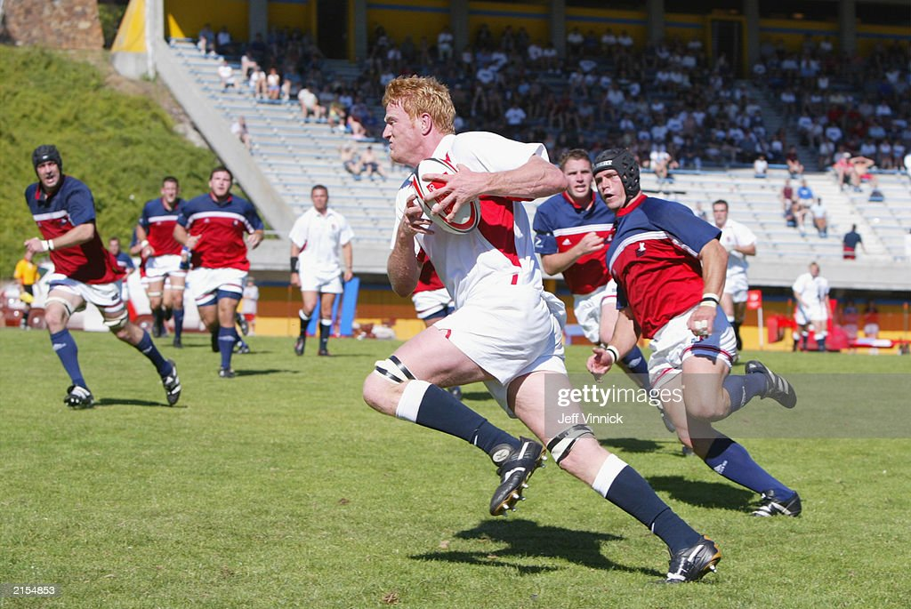 England's Vyvyan scores try at Churchill Cup : News Photo