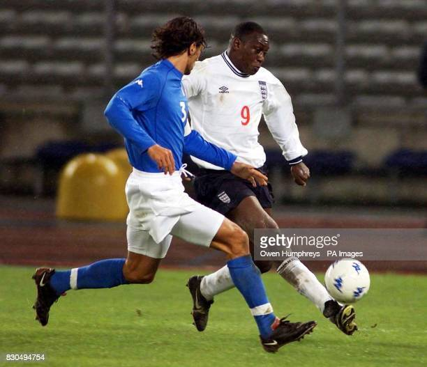 LEAGUE England's Emile Heskey battles for the ball with Italy's Paolo Maldini during the international friendly football match at the Stadio delle...