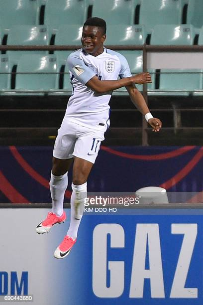 England's forward Ademola Lookman celebrates scoring during their U20 World Cup round of 16 football match between England and Costa Rica in Jeonju...