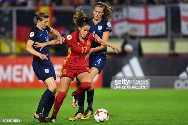 England's forward Ellen White and midfielder Jill Scott vies with Spain's forward Olga Garcia during the UEFA Womens Euro 2017 football tournament...