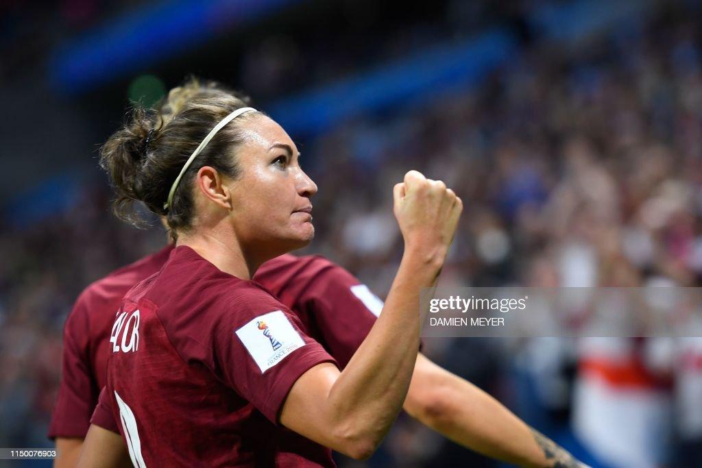 FBL-WC-2019-WOMEN-MATCH19-ENG-ARG : News Photo