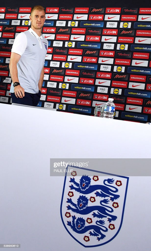 England's goalkeeper Joe Hart holds a press conference in Chantilly, north of Paris, on June 9, 2016, on the eve of the beginning of the Euro 2016 football tournament. / AFP / PAUL
