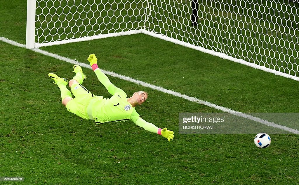 TOPSHOT - England's goalkeeper Joe Hart jumps for the ball during the Euro 2016 group B football match between England and Russia at the Stade Velodrome in Marseille on June 11, 2016. / AFP / BORIS