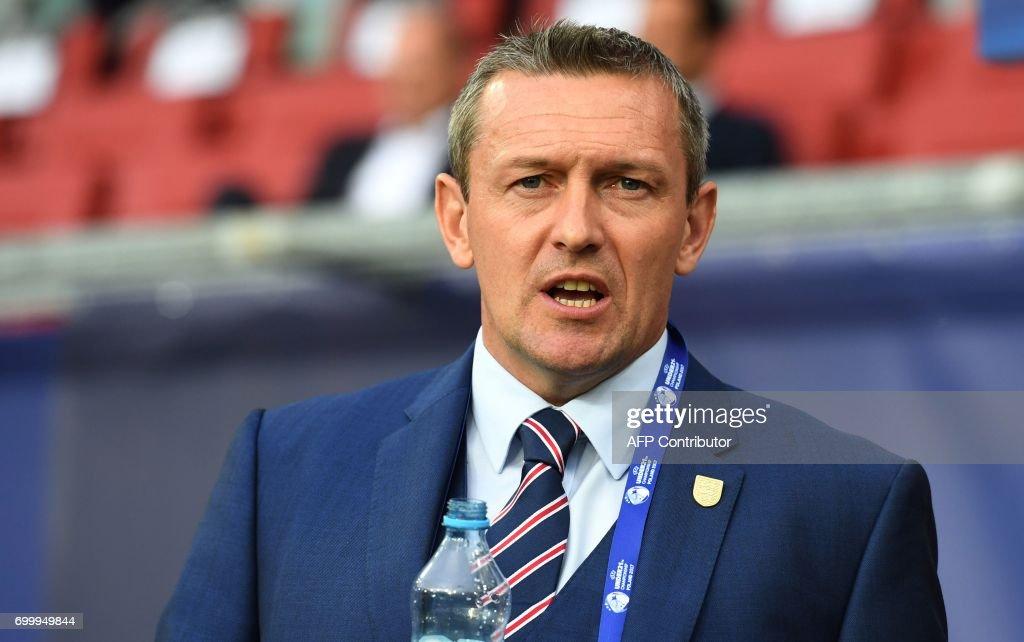 England's head coach Adrian Boothroyd attends the UEFA U-21 European Championship Group A football match England vs Poland in Kielce, Poland on June 22, 2017. /