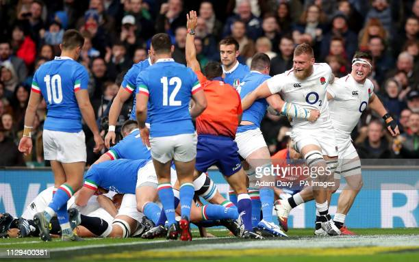England's Jamie George scores his side's first try during the Guinness Six Nations match at Twickenham Stadium London