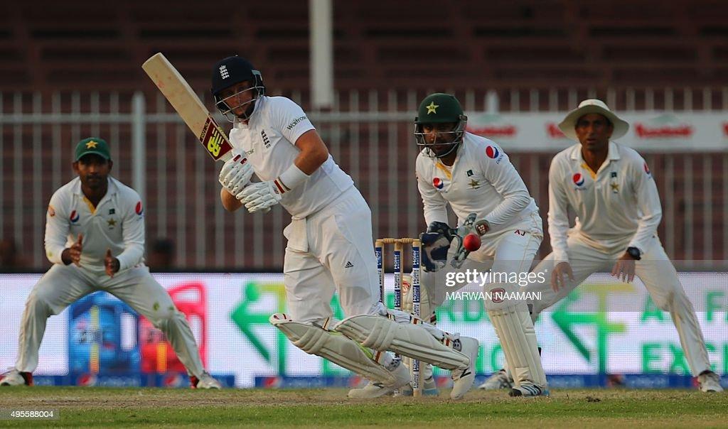 CRICKET-UAE-PAK-ENG : News Photo
