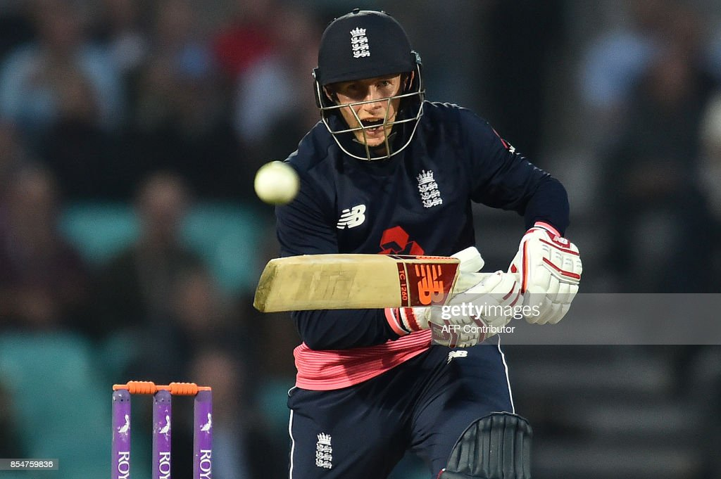 England's Joe Root plays a shot during the fourth One-Day International (ODI) cricket match between England and the West Indies at the Oval in London on September 27, 2017. / AFP PHOTO / Glyn KIRK / RESTRICTED