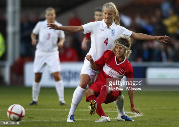 England's Katie Chapman and Turkey's Esra Erol battle for the ball