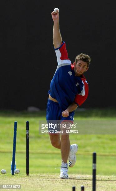 England's Liam Plunkett during net practice