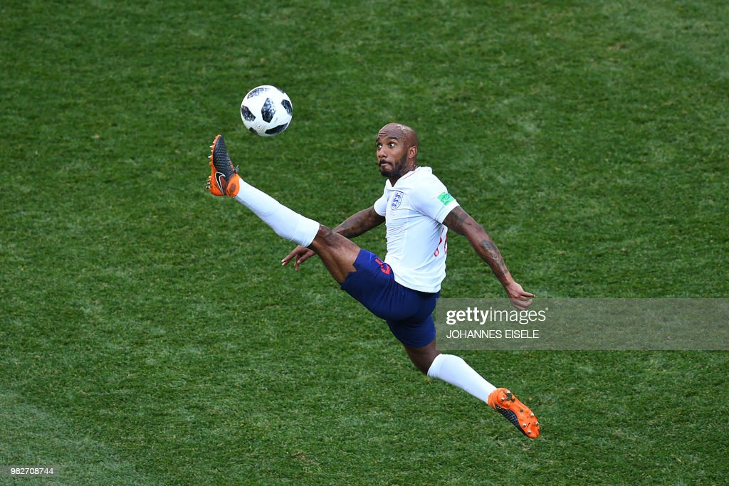 TOPSHOT - England's midfielder Fabian Delph controls the ball during the Russia 2018 World Cup Group G football match between England and Panama at the Nizhny Novgorod Stadium in Nizhny Novgorod on June 24, 2018. (Photo by Johannes EISELE / AFP) / RESTRICTED