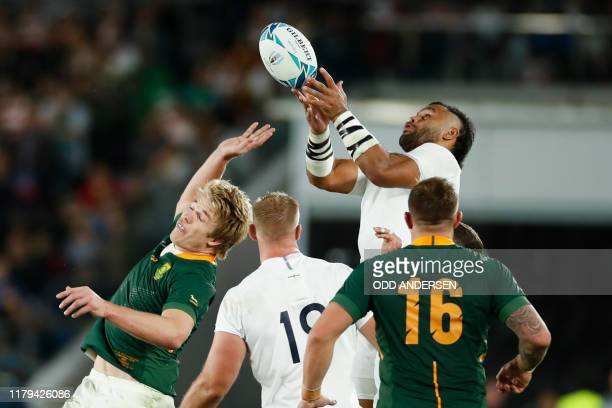 TOPSHOT England's number 8 Billy Vunipola catches the ball past South Africa's flanker PieterSteph Du Toit during the Japan 2019 Rugby World Cup...
