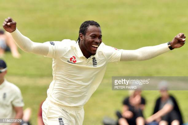 England's paceman Jofra Archer reacts after bowling to New Zealand's Kane Williamson during the fifth day of the second cricket Test match between...