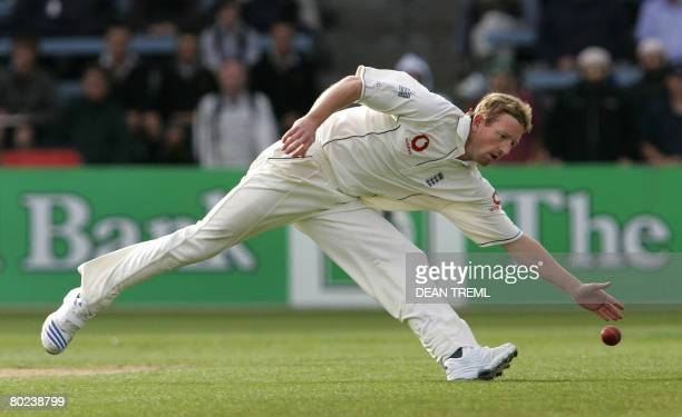 England's Paul Collingwood attempts to field a ball off his own bowling during day two of the second Test match between New Zealand and England at...