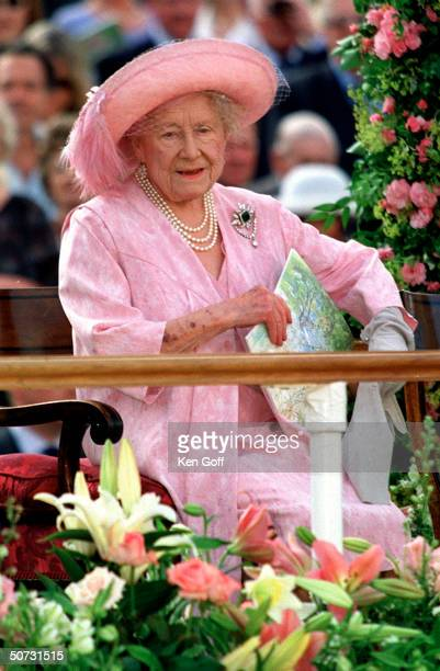 England's Queen mother arriving for pageant in honor of her 100th birthday