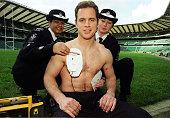 Defibrillator Bracken