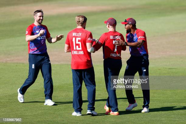 England's Sam Billings is congratulated by teammates after running out Sri Lanka's Dasun Shanaka during the third T20I between England and Sri Lanka...