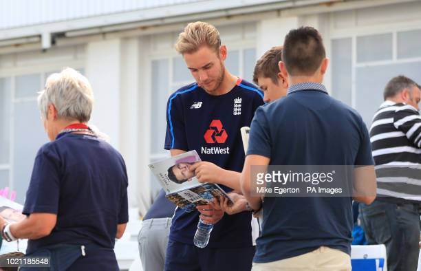 England's Stuart Board signs autographs for fans during day five of the Specsavers Third Test match at Trent Bridge, Nottingham.