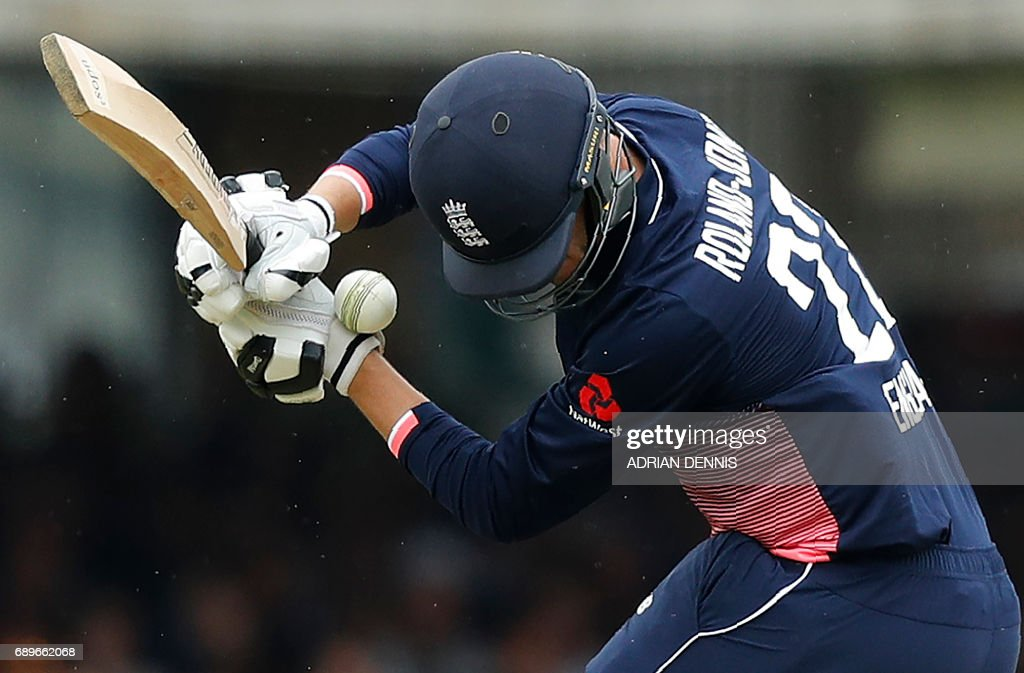 England's Toby Roland-Jones gets hit by a ball whilst attempting to bat during the third One-Day International (ODI) cricket match between England and South Africa at Lord's Cricket Ground in London on May 29, 2017. / AFP PHOTO / Adrian DENNIS