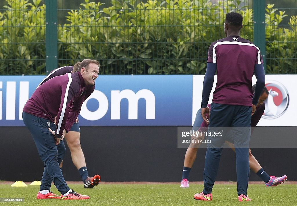 FBL-EURO-2016-ENG-NOR-TRAINING : News Photo
