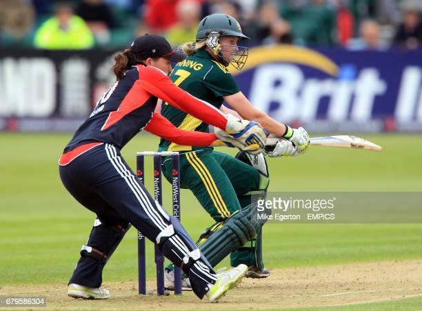 England's wicket keeper Sarah Taylor catches out Australia's Meg Lanning