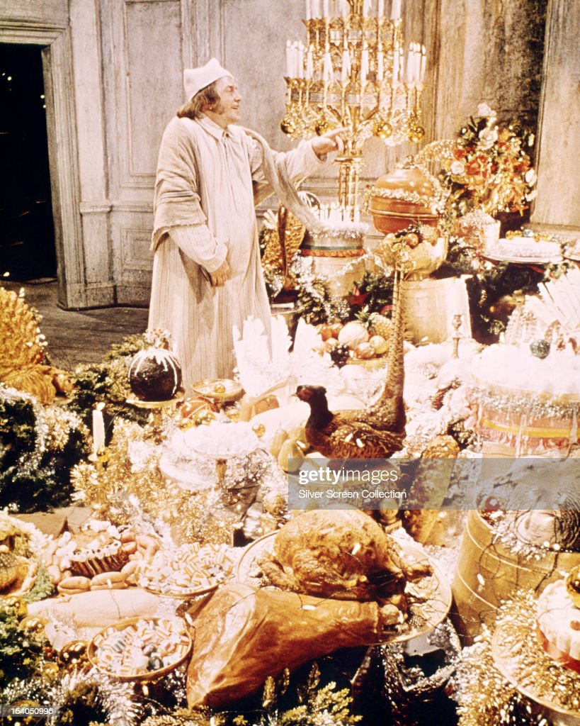 Finney As Scrooge : News Photo