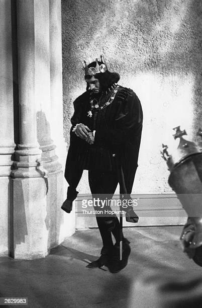 English actor and director Sir Laurence Olivier plays the title role in Shakespeare's 'Richard III' which is being filmed at Shepperton Studios for...